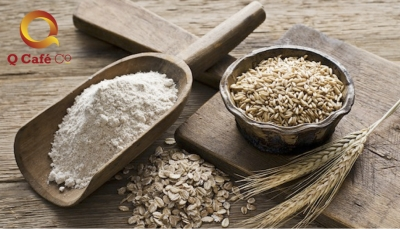 picture of oats, flour and wheat